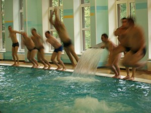 Все в бассейне